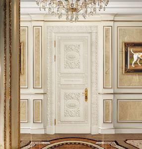 Corona White, Puerta tallada cl�sica, lacada y recubierta