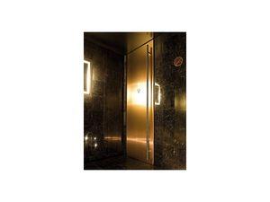 Fusion, Puertas con acabado lacado negro, para baños de hotel y el bar