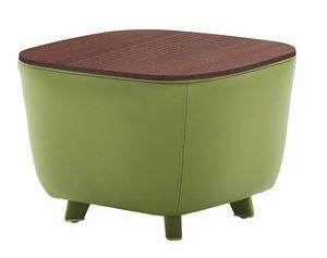 Diadema 04023, Mesa de centro puf con patas de madera.