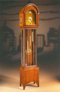 Art. 90, Reloj de péndulo, estilo neoclásico.