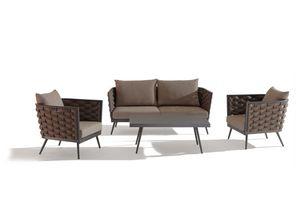 SET CAPPUCCINO, Jardín con sofá y mesa
