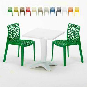 Tavolino Quadrato Bianco 70x70cm Con 2 Sedie Colorate Interno Esterno Bar GRUVYER PATIO, Conjunto de jardín con mesa y sillas.