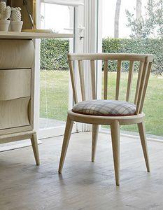 Udinì silla, Silla en madera de fresno