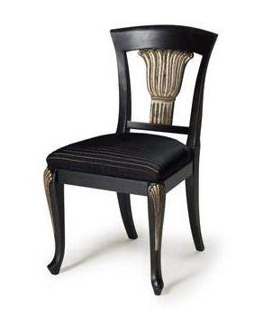 Art.139 silla, Silla clásica en madera de haya, asiento tapizado con muelles