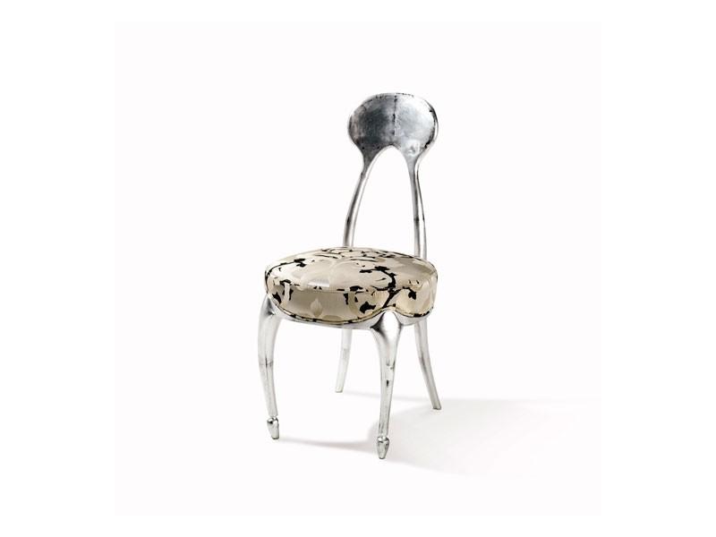 Art.242 chair, Silla de estilo clásico con asiento acolchado