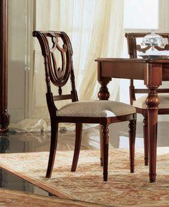Gardenia silla, Silla de madera de nogal con respaldo perforado, en estilo clásico