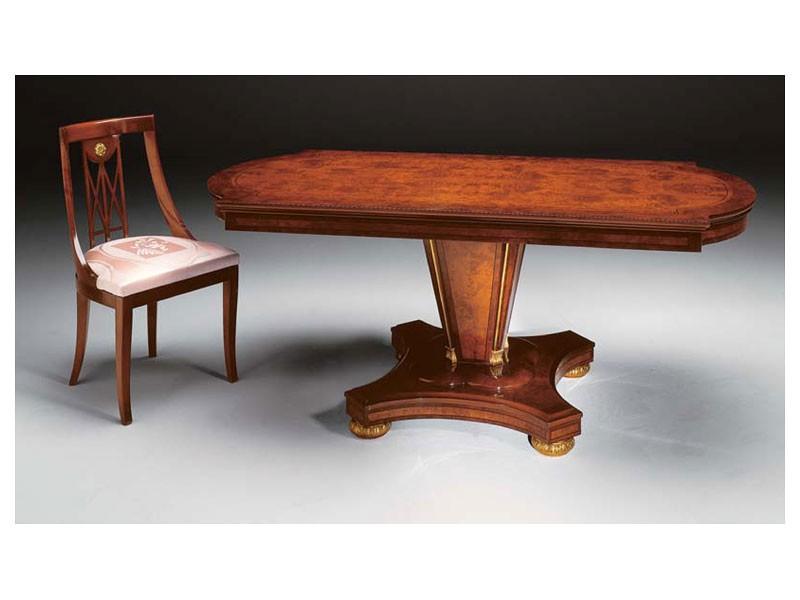 IMPERO / Stuffed chair, Silla de estilo clásico en madera con asiento tapizado