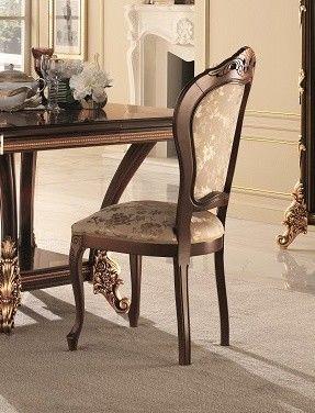 Sinfonia silla, Clásica silla acolchada en madera de haya, con tallas doradas