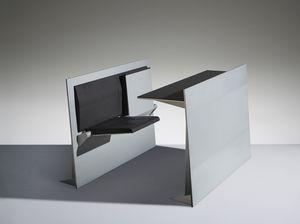 BLADE, Bancos de estudio con asiento plegable