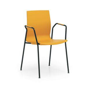 Q3, Silla de conferencia, con asiento y respaldo de plástico.
