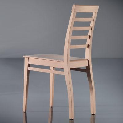 ART. 135 HARMONY, Silla de comedor, lineal, en madera de haya, para el uso del contrato