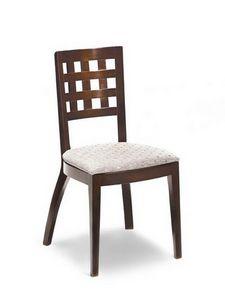 Ramona G, Silla con asiento acolchado, respaldo con agujeros cuadrados