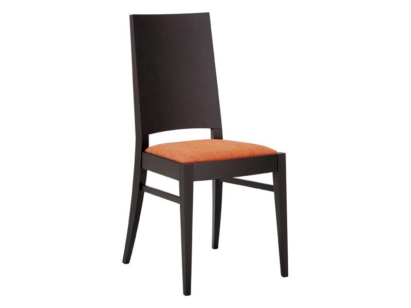 SE 121, Silla de madera con asiento acolchado y respaldo completa