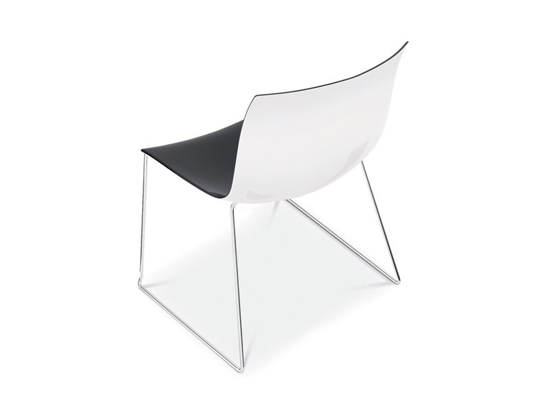 Catifa 53 sled, Silla de diseño con patín de metal, asiento doble del color