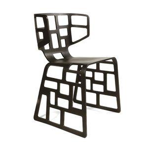 Olè, Silla de diseño con formas originales, concha perforado