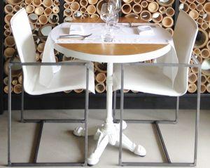 Art. 56/18, Silla cómoda, para los restaurantes elegantes
