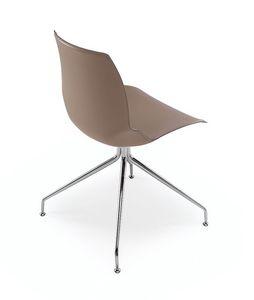 Kaleidos piel, Silla con estructura metálica y asiento cubierto en cuero