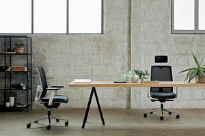 Omnia White 01 PT, Silla de oficina con elegante estructura blanca
