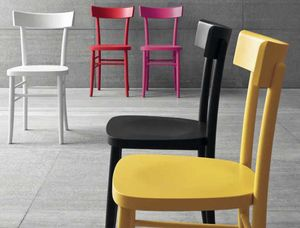 Colours, Silla en madera laqueada coloreada