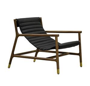 Joyce 3814/F, Sillón con asiento de cuero.
