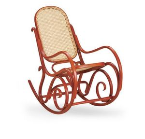 Dondolo, Mecedora de madera, asiento y respaldo de caña