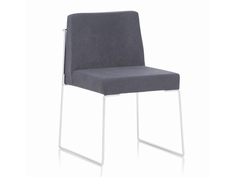 Kalida 601C, Acolchada silla de metal, tapizados con material ignífugo