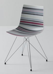 Colorfive TC, Silla con base metálica, cubierta de polímero multicolor