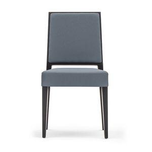Timberly 01714, Silla apilable, estructura de madera maciza, asiento y respaldo tapizados, revestimiento de tela, para los comedores