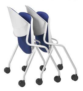 NESTING DELFI 088 R S, Silla con asiento plegable tapizado, patas con ruedas
