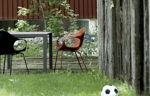Elephant Four Legs Outdoor, Silla con apoyabrazos de plástico, para uso conctract