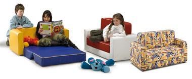PISOLO, Sofá cama para los niños, cubierto con cuero de imitación o de la tela, para el jardín de infantes