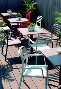 9675 Costa, Silla de plástico para bar al aire libre