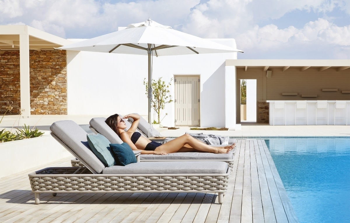 Love Sunbed, Hamaca junto a la piscina