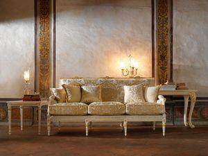 Martina sofá, Sofá clásico con talla refinada.
