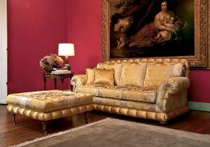 Nobile, Sofá clásico de lujo con puf, por elegantes salones