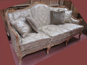 Sofá 4933, Sofá tallado clásico