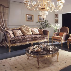 Delizia Sofá, Sofá de estilo clásico con tallas hechas a mano.