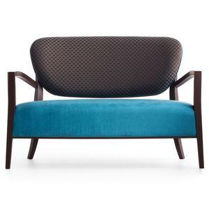 Cammeo 02651, Sofá de madera maciza, asiento y respaldo tapizados, revestimiento de tela, estilo moderno