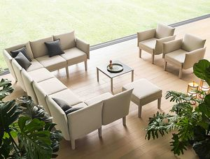 Conga, Sistema modular de asientos lounge, para interiores y exteriores.