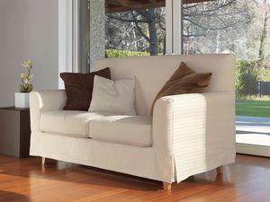 Maiorca, Sofá lineal, pies de madera maciza de haya, de moderna sala de estar