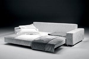 Poker, Sofá cama, de madera y poliuretano, por chalets de montaña