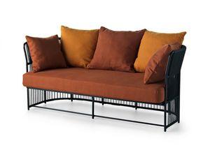 Tibidabo bajo el sofá, Sofá en metal, tejido, con cojines, para uso en exteriores