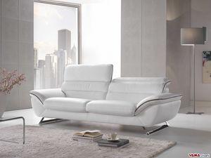 Cruise, Sofá moderno elegante y confortable con patas de acero.