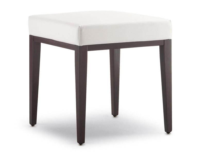 SG 49 / EE, Low taburetes de madera, cubiertos con cuero de imitación, para esperar