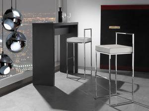 Art. 557 Prisma, Apilamiento de heces, con asiento en cuero artificial