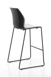 Kalea stool sled, Taburete de polipropileno con patín