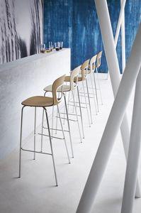 Blog Stool 68, Taburete de metal con asiento hecha de polímero, para Hotel