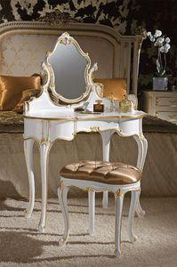 Art. 366/L, Aseos clásicas, madera decoradas con pan de oro