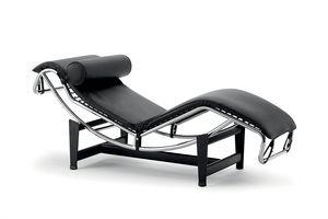 UF 569, Chaise longue de cuero