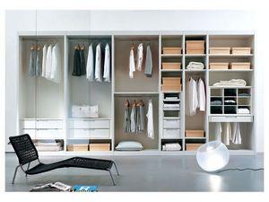 ATLANTE vestidor comp.02, Vestidor con estantes y puertas de cristal